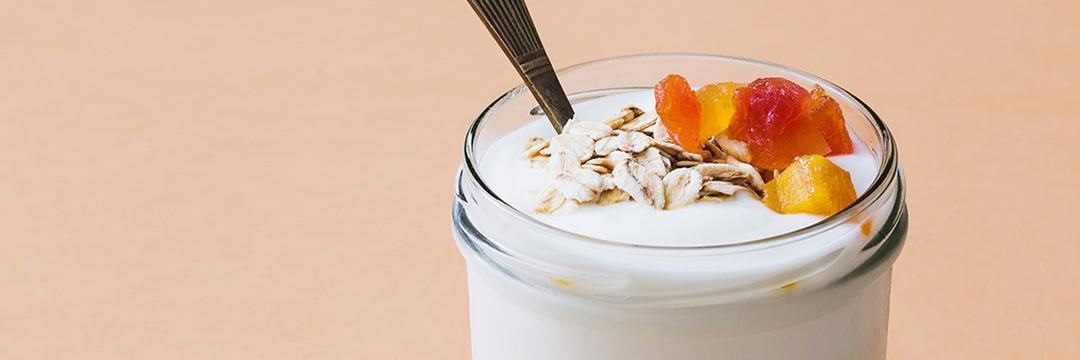 Qual o melhor iogurte para a sua saúde? Aprenda a escolher!