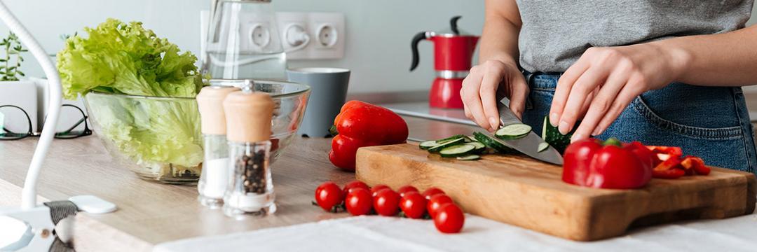 Dicas práticas de cozinha: 5 truques para ganhar tempo e saúde!