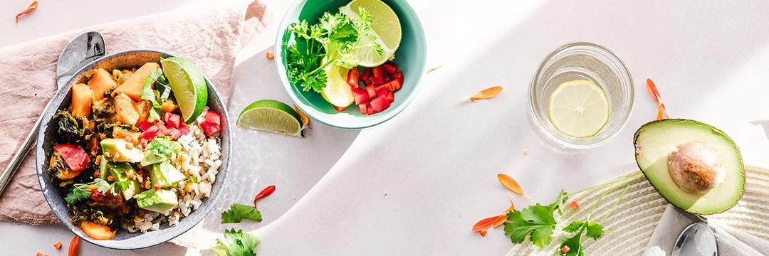 Como ter uma alimentação saudável com 5 atitudes simples