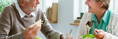 Alimentação saudável para idosos: confira algumas dicas e cuidados que se deve ter!