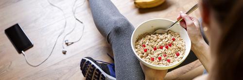 Comecei academia, o que devo mudar nos meus hábitos alimentares?